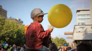 Poika ja ilmapallo