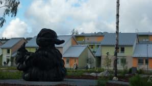 Villu Jaanisoon Kumiankka -taideteos Vuoreksen asuntomessualueella