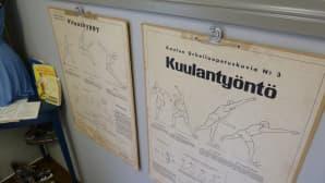 Haapaveden koulumuseon urheiluopetuskuvia.