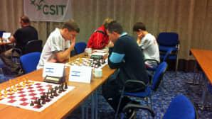 CSIT:n shakkimestaruusturnaus menossa Seinäjoen Cumuluksessa avajaispäivänä. Kuvassa Israelin edustusta.