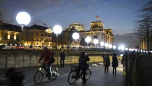 Valoinstallaatio Berliinin Valtiopäivätalon edustalla 7. marraskuuta.