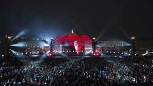 Näkymä Brandenburgin torille Berliinissä sunnuntai-iltana 9. marraskuuta.