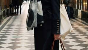 40-vuotias Delphine rakastaa Christian Louboutinin korkokenkiä.