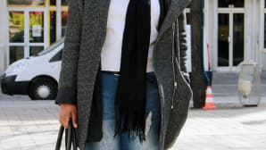 17-vuotias Julianna arvostaa mukavuutta ja ostaa vaatteensa ketjuliikkeistä.