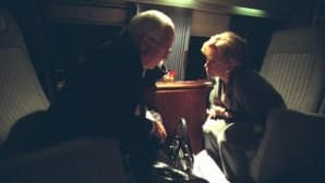 Entinen varapresidentti Dick Cheney helikopterissa.