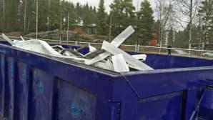 Metallia jätelavalla
