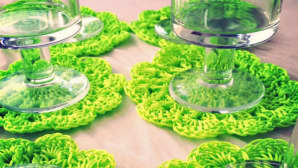 neonvihreitä pitsisiä lasinalusia