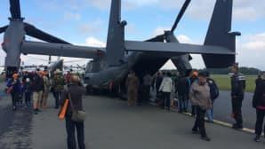 Ospreyn sisätilat kiinnostivat yleisöä vuoden 2016 päälentonäytöksessä Siilinjärven Rissalassa.