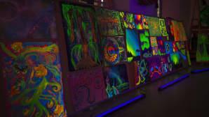Valon kaupunki 2016, Pimeä näyttely Perghamenttihallissa.