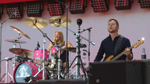 Foo Fightersin rumpali Taylor Hawkings ja basisti Nate Mende