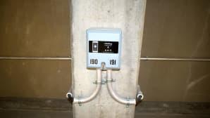 Kankaan pysäköintitalossa sähkönkulutus maksetaan älypuhelimen sovelluksella.