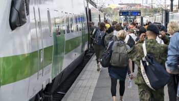 Jääkö kunnossapito isojen ratahankkeiden alle - tunnin junan hyödyt ja haitat