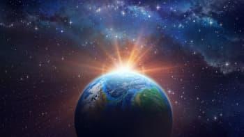 Eksoplaneettojen etsinnässä toiveena on löytää Maan kaltainen planeetta ja elämänmerkkejä - alan pioneerit palkittiin Nobelilla