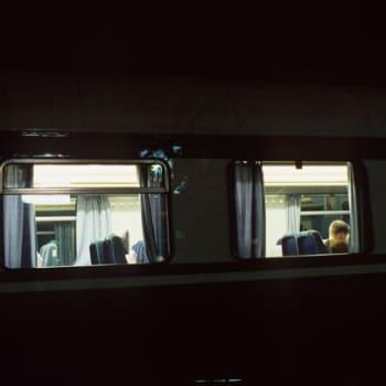Kertomuksia Suomesta: Matkaoppaan Suomi-kuva