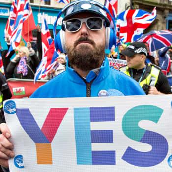 Hajoaako Britannia?