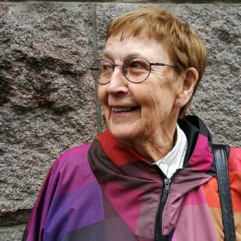 Siirtymämusiikkia Iloon ja valoon - psykologi Pirkko Lahti