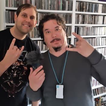 Arto Mäenpään Kaaoszine tarjoaa metallimusiikin ystäville uutiset ja haastattelut