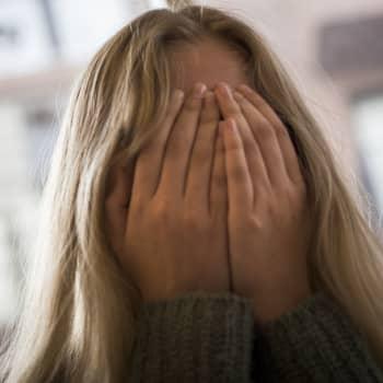 Psykoanalytiker Anna Collander pratar om ungas prestationsångest - har den ökat eller medikaliserar vi?