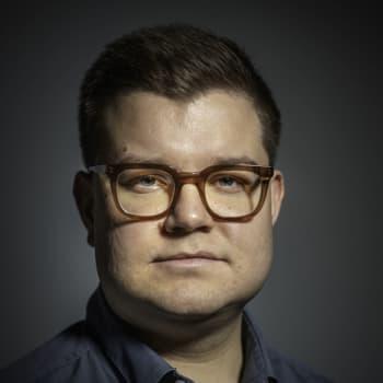 Robert Sundman: SuomiAreenalla puhutaan yhteiskunnasta, mutta puolueiden ääni ei kuulu