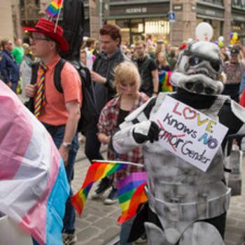 """Kirkon tuki Pride-tapahtumalle nostattaa tunteita: """"Moni pelkää jopa lopun aikoja"""""""