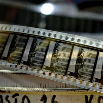 Elokuvan syntyyn tarvittiin muovia
