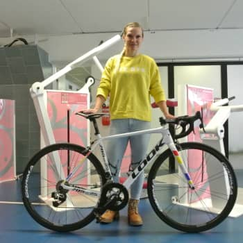 Sari Saarelainen pyöräilee taas kohti olympialaisia