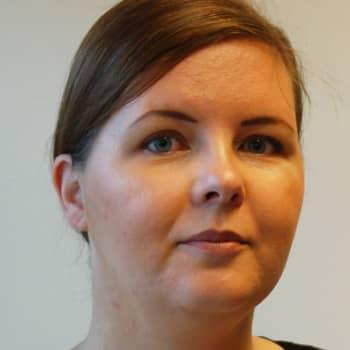 Marika hjälper blivande adotivföräldrar under väntetiden