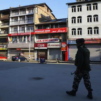 Voiko Intian ja Pakistanin kiista Kashmirista kärjistyä sodaksi?