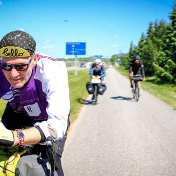 Kysy pyöräilystä