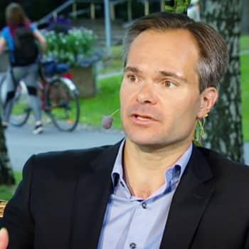 Sisäministeri Mykkänen: väkivaltaan vastaanottokeskuksissa puututaan