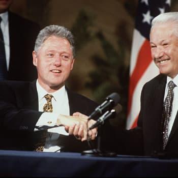 Brezhnev ja Ford, Bush ja Gorbatshov sekä Clinton ja Jeltsin etsivät sopua Helsingistä