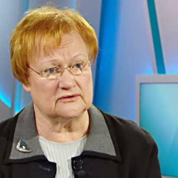 Presidentti Halonen: Työllisyyden hoitaminen auttaisi nuoria miehiä ja rauhoittaisi maailmaa