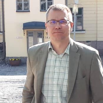 Miten EU voisi selvitä monien kriisien ajastaan, yliopistonlehtori Kimmo Elo