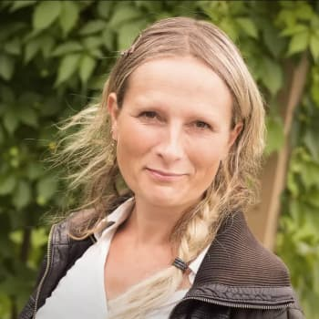 Ykkösaamun kolumni: Reetta Räty: Ihminen haluaa tulla nähdyksi