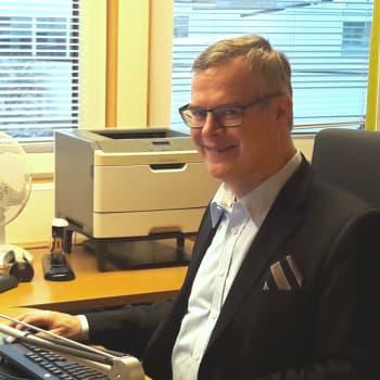 Brysselin kone: Miten EU pääsee puuttumaan kansallisiin terveydenhoitojärjestelmiin, HUS:n hallintoylilääkäri Lasse Lehtonen