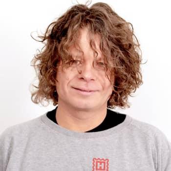 Nosto: Muusikko, tuottaja ja DJ Timo Kaukolampi: Kaikki musiikki on epäaitoa