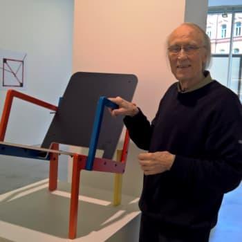 Kultakuume: Yrjö Kukkapuro innostuu nyt automaattijyrsimestä ja koivuvanerista
