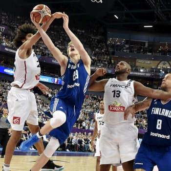 YleX Etusivu: Lauri Markkanen: NBA:ssa saa rikkoa paljon enemmän kuin Euroopassa