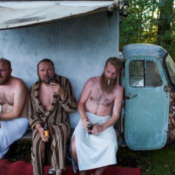 Suomalainen saunahetki on melankolinen ja ronski