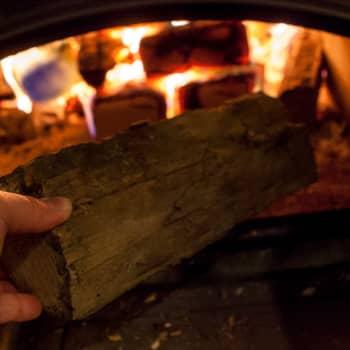 Aspekti: Kuinka poltat puuta oikein?