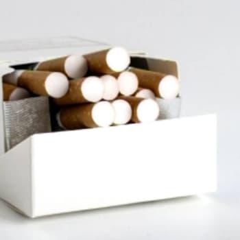 """Puheen Iltapäivä: Tupakoinnin lopettanut Lea Puusaari: """"Olen saanut terveyden ja energisen olon"""""""