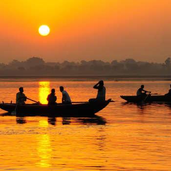 Leikola ja Lähde: Gandhien jälkeinen Intia