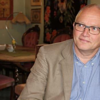 Radio Suomi Lappeenranta: Kirkkoherra Juha Eklund piispojen kanssa samoilla linjoilla: homoja ei vihitä kirkossa