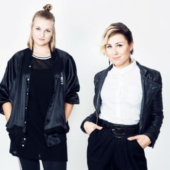Poikelus ja Hätönen: Negatiivisten nuorten onnittelupuhelu PH-arvoille