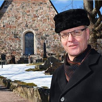 Sunnuntaivieras: Piispa Tapio Luoma: Jeesuksen matka Golgatalle kuvaa täysin nykymenoa