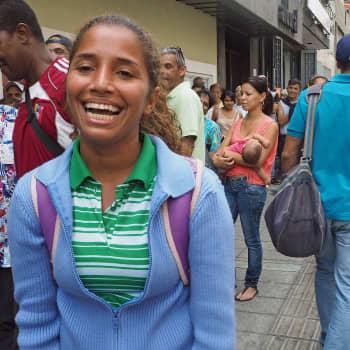 Maailmanpolitiikan arkipäivää: Zikavirus uhkaa - älkää tulko raskaaksi