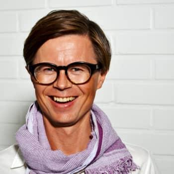 """Radio Suomesta poimittuja: Tavallisen """"ABC-miehen"""" kannattaa pukeutua värikkäämmin"""