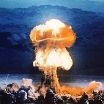 Ajankohtainen Ykkönen: Atomipommi - kirous vai siunaus?