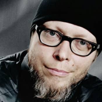 Viikon kirja: Mikko-Pekka Heikkinen ja romaani Jääräpää