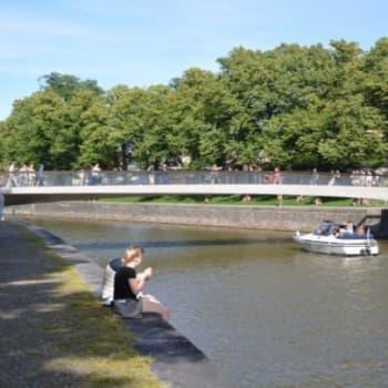 YLE Turku: Kiistelty Turun Kirjastosilta saa huomiota upeasta ulkonäöstään